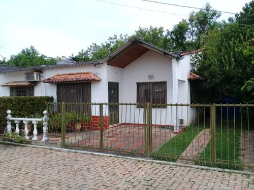 casa, conjunto cerrado, 3 habitaciones, 2 baños, jardín.