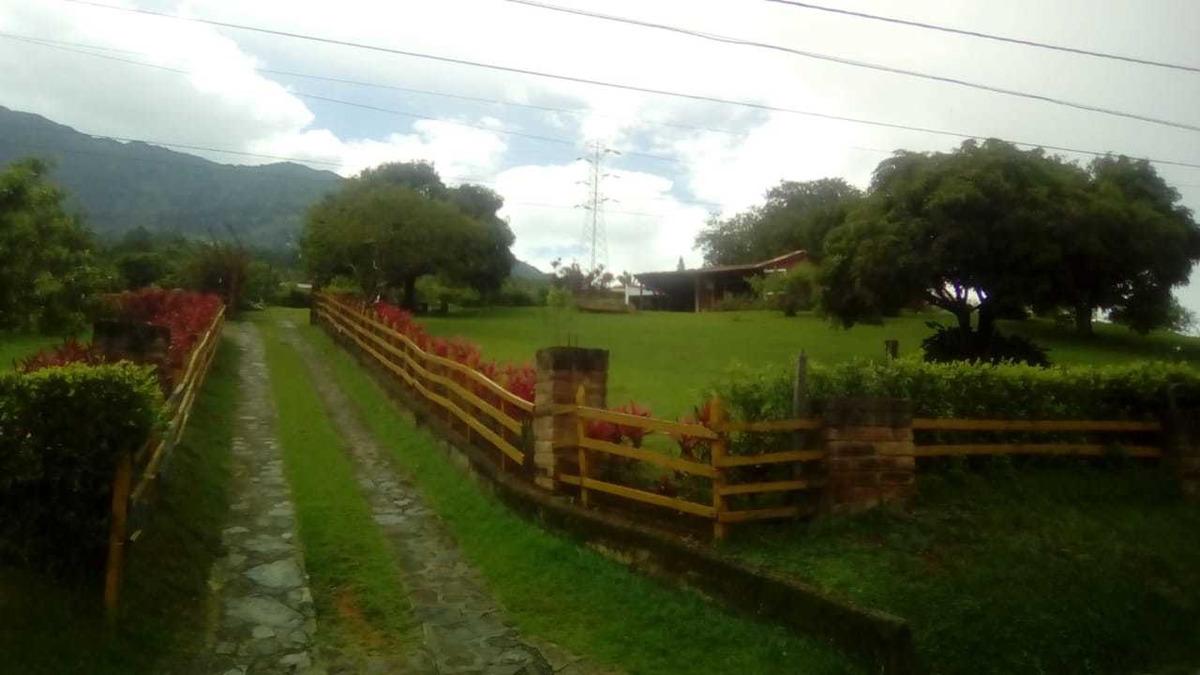 casa copacabana-villa roca se vende