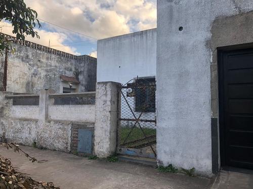 casa corte antiguo tipo chorizo en llavallol
