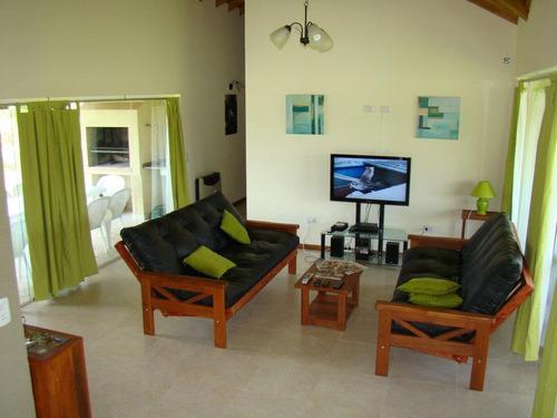 casa costa esmeralda a 200mts de la playa amplio jardín