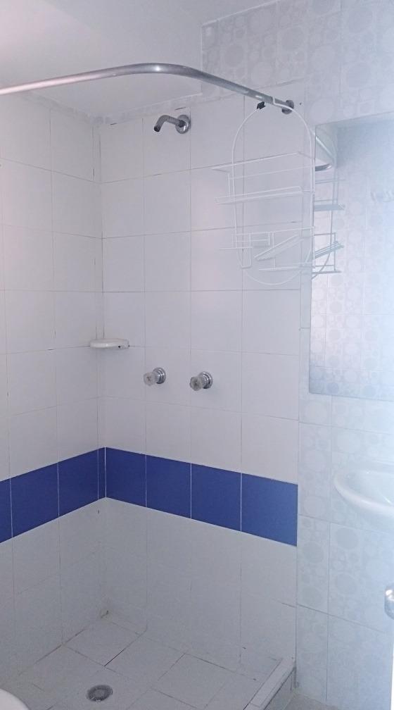 casa cuatro habitaciones dos baños