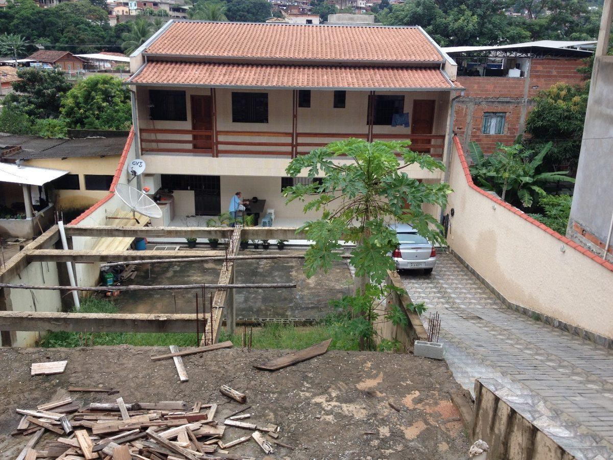 casa de 02 pavimentos bairro esperança -ipatinga