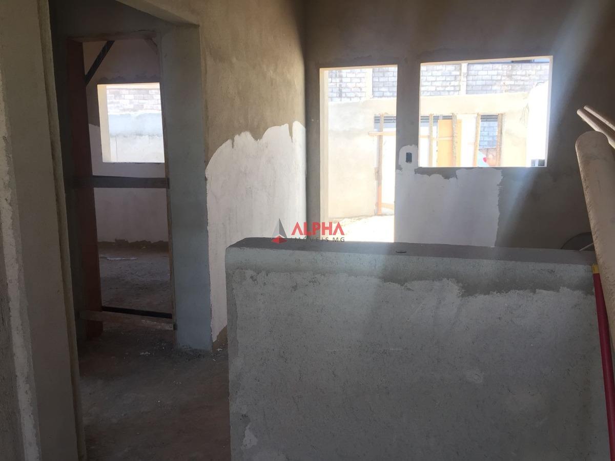 casa de 02 quartos no bairro alvorada industria em são joaquim de bicas. - 7139
