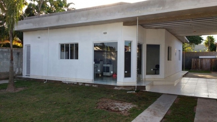 casa de 03 dormitórios c/ suite na praia de caraguatatuba sp