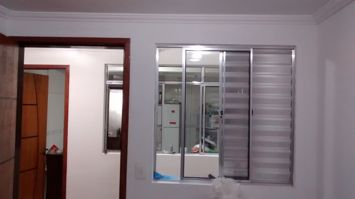 casa de 03 dormitórios/01 suíte e 03 vagas