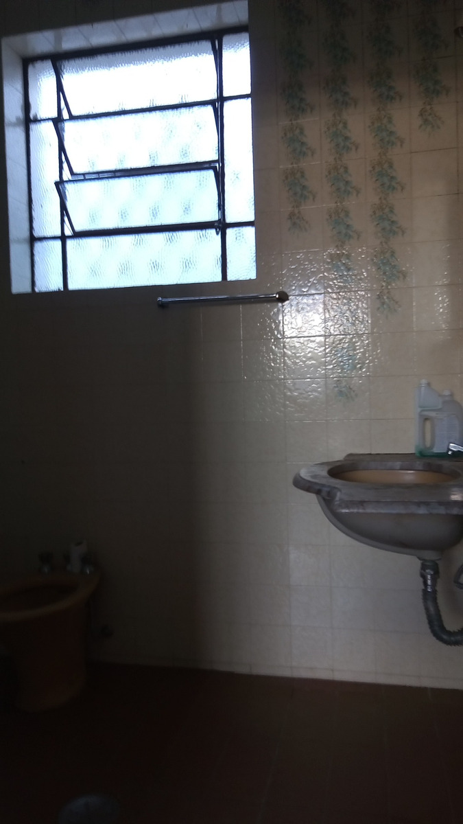casa de 03 quartos no bairro sagrada família - 2499