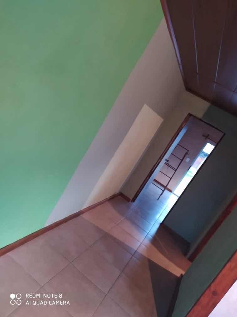 casa de 1 dormitorio, living comedor, cocina y baño