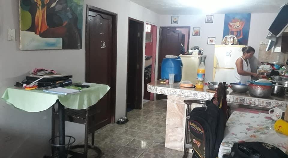 casa de 1 piso tres cuartos y dos baños 25 negociables
