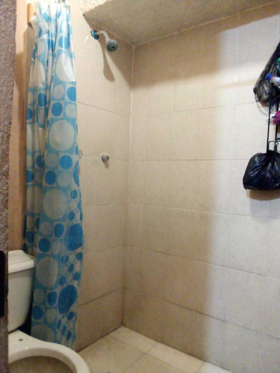 casa de 10 recamaras 4 baños completos. leon, guanajuato