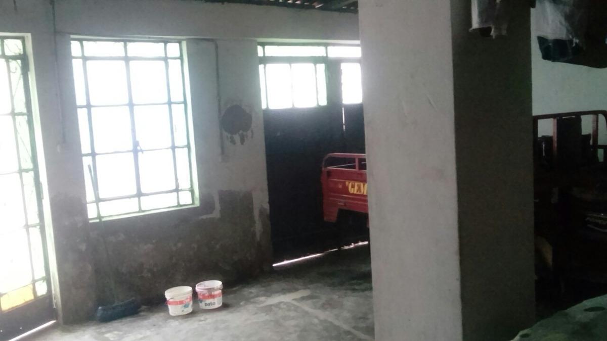 casa de 130 metros. mitad de sótano techado con gas natural
