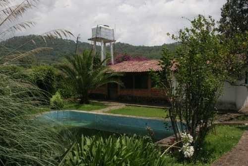 casa de 2 baños y 5 recámaras en real de arriba, temascaltepec