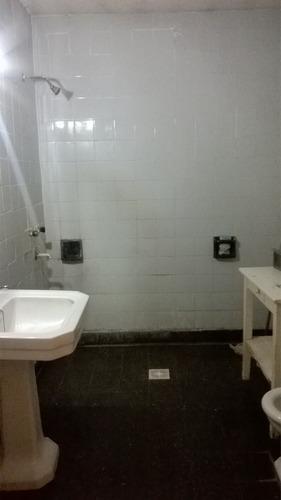 casa de 2 dormitorios a la venta en zona sur rosario