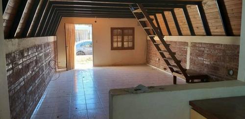 casa de 2 dormitorios con galpon 50m2