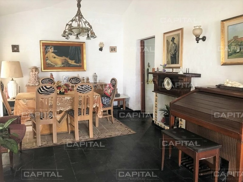 casa de 2 dormitorios en alquiler anual a una cuadra del mar-ref:27531