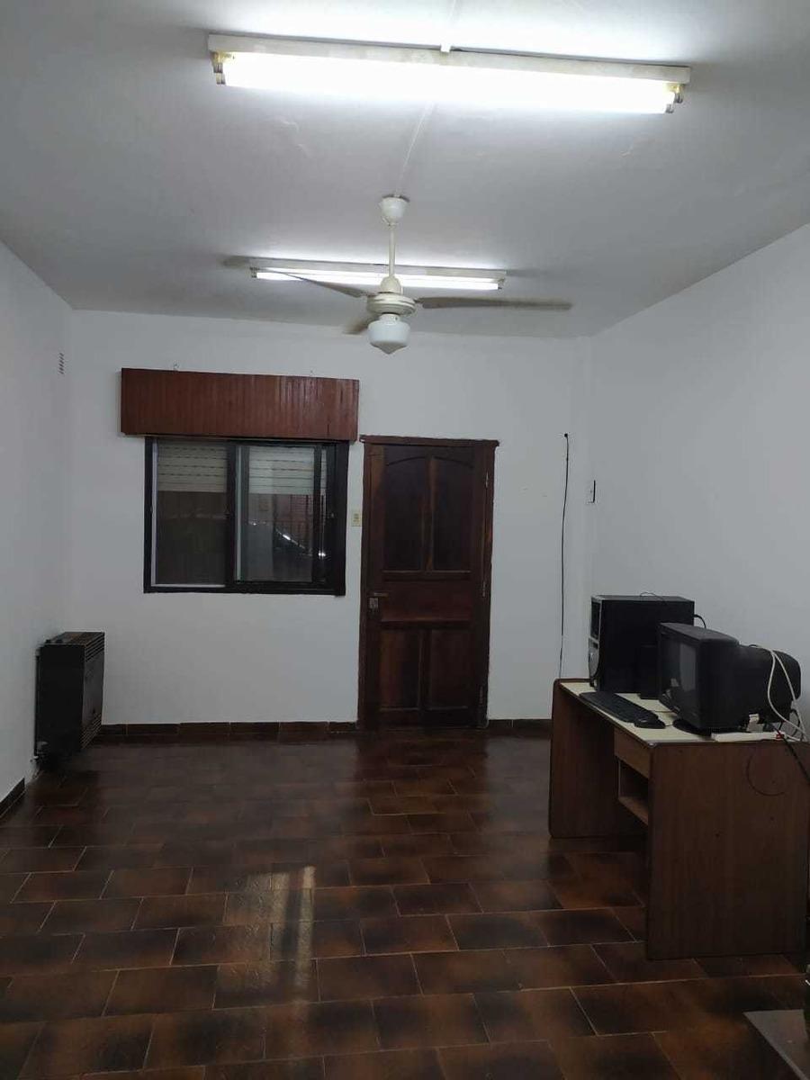 casa  de  2 dormitorios en general pacheco