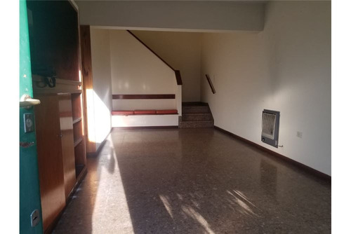 casa de 2 dormitorios en venta, berisso