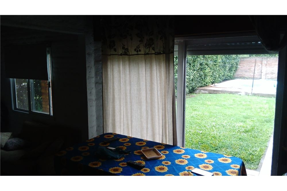 casa de 2 dormitorios. quincho. pileta.