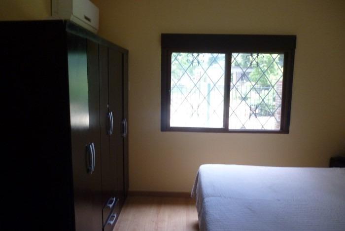 casa de 2 dormitorios,2 baños + barbacoa, al sur.apta banco