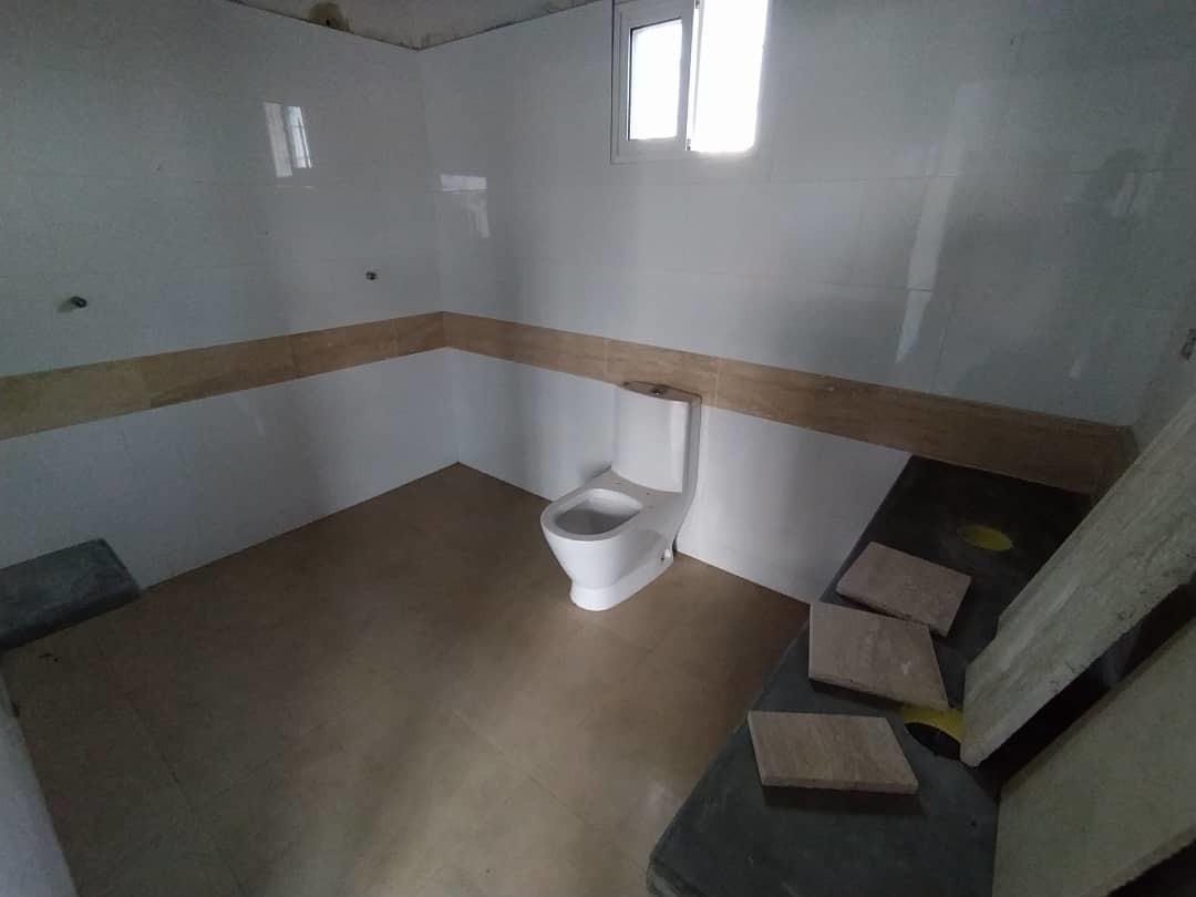 casa de 2 hab y 3 baños
