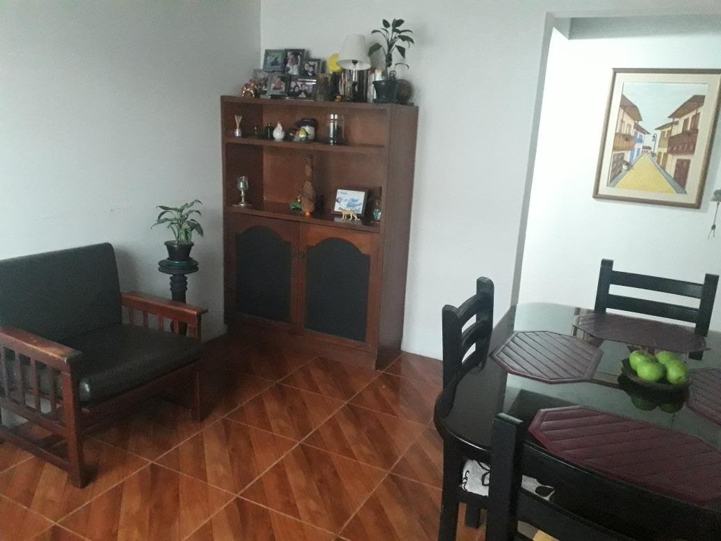 casa de 2 habitaciones-1 baño-gas narural-patio-sala-cocina