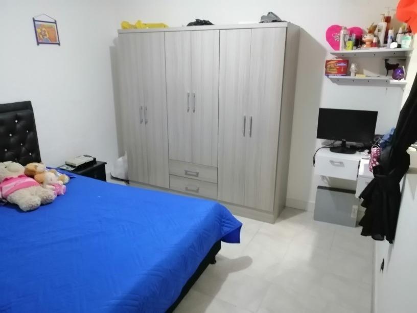 casa de 2 habitaciones, sala, cosina,1patio barrio enciso