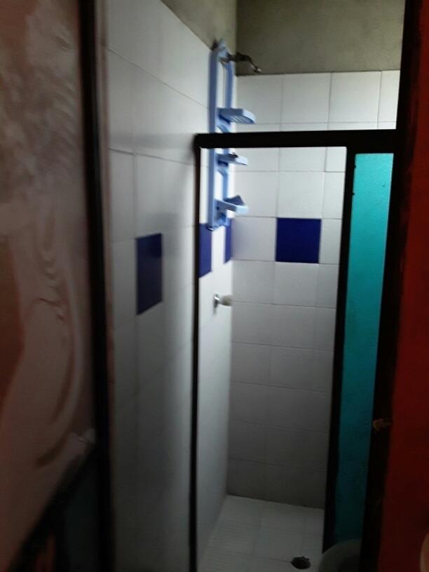 casa de 2 havitaciones 1 baño sala comedor escritura al dia