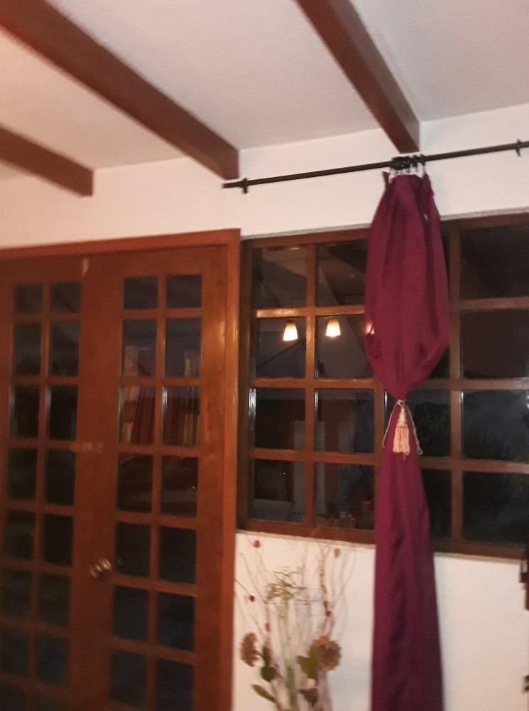 casa de 2 pisos,  4 habitaciones, 4 baños en mirasierra
