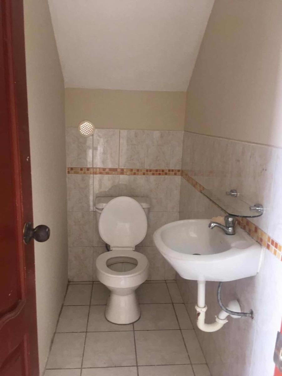 casa de 2 pisos en urbanización la joya etapa rubi