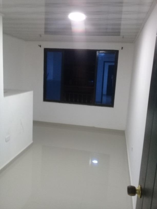 casa de 2 pisos independientes