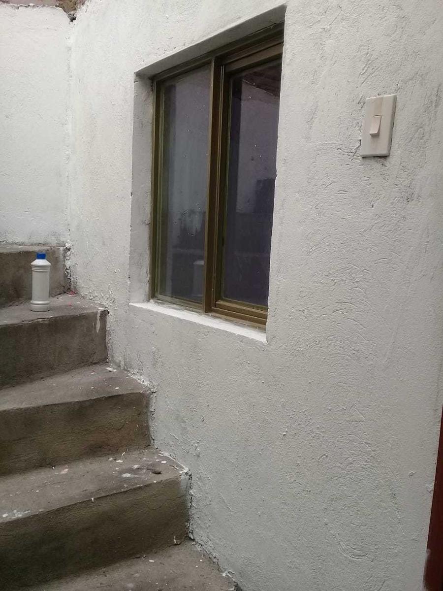 casa de 2 pisos más terraza