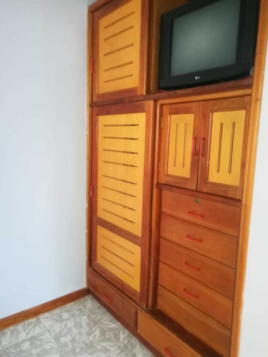 casa de 2 pisos ubicada en guateque boyacá