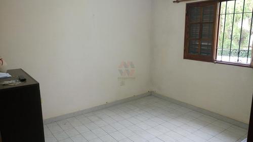 casa de 2 plantas   2 deptos de 1d / en b° tablada park