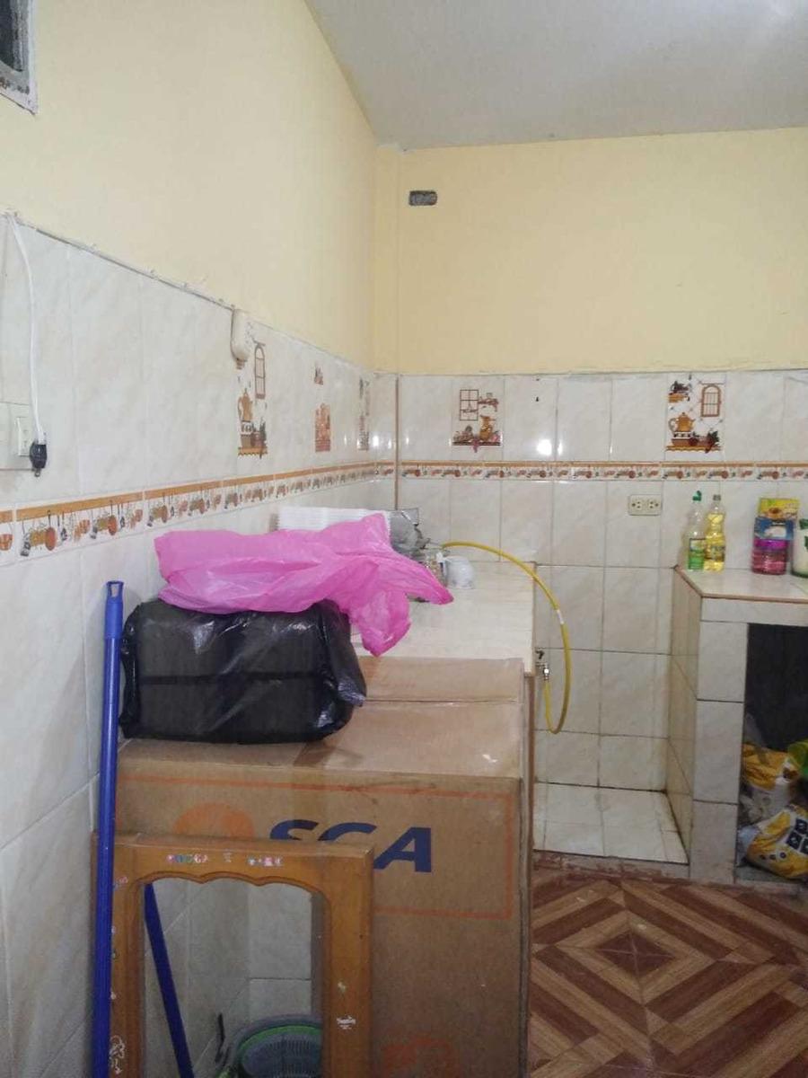 casa de 2 plantas, 3 dormitorios 1 baño