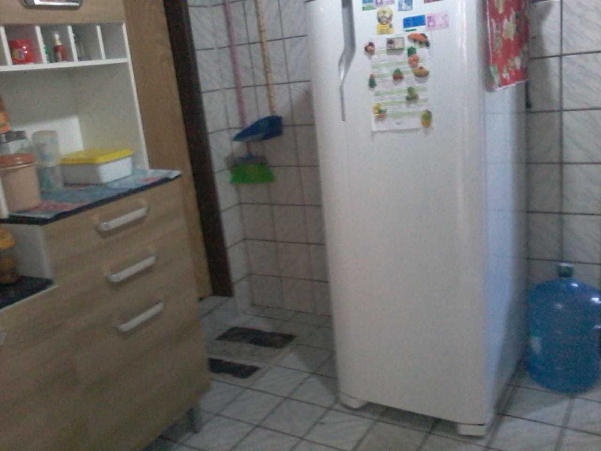 casa de 2 quarto  bem lagor