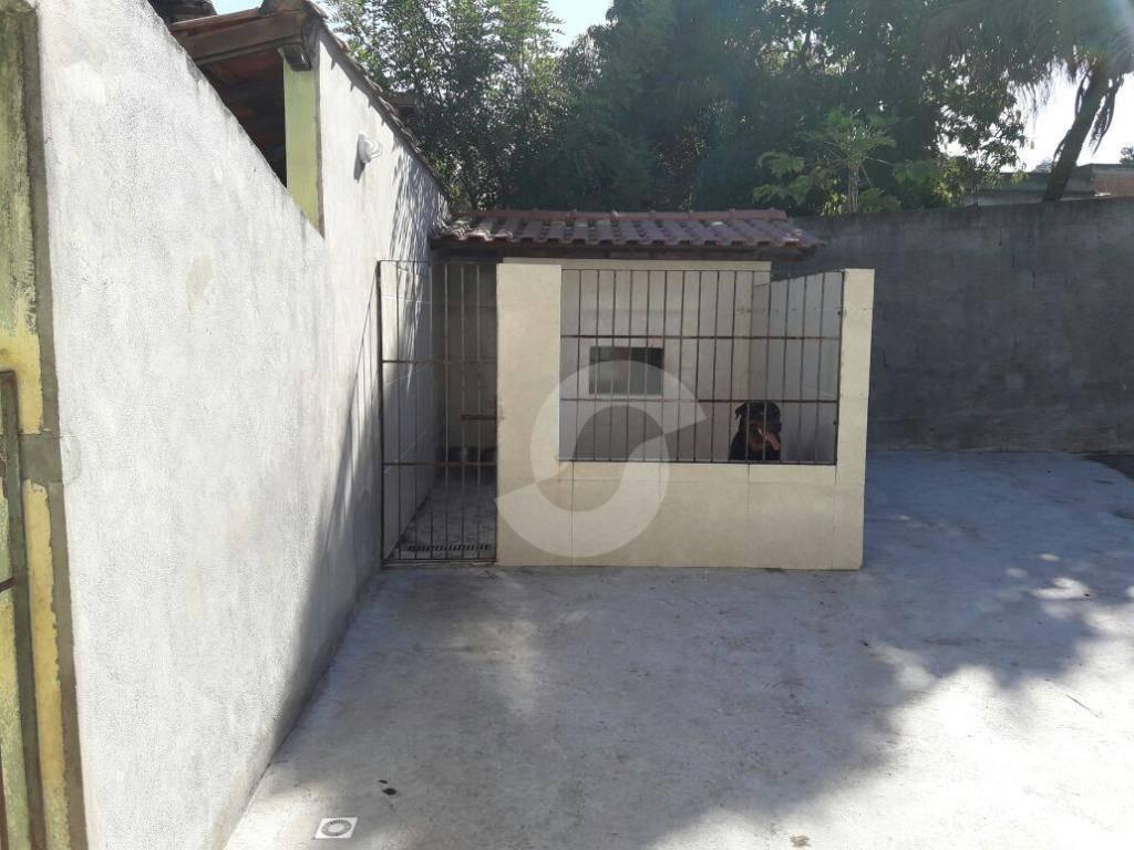 casa de 2 quartos com quintal no colubande, são gonçalo - ca1439
