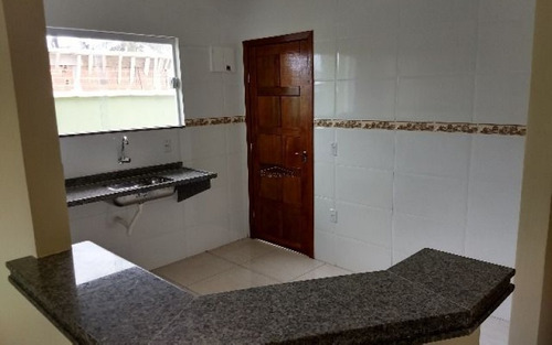 casa de 2 quartos em itaipuaçu marica rj