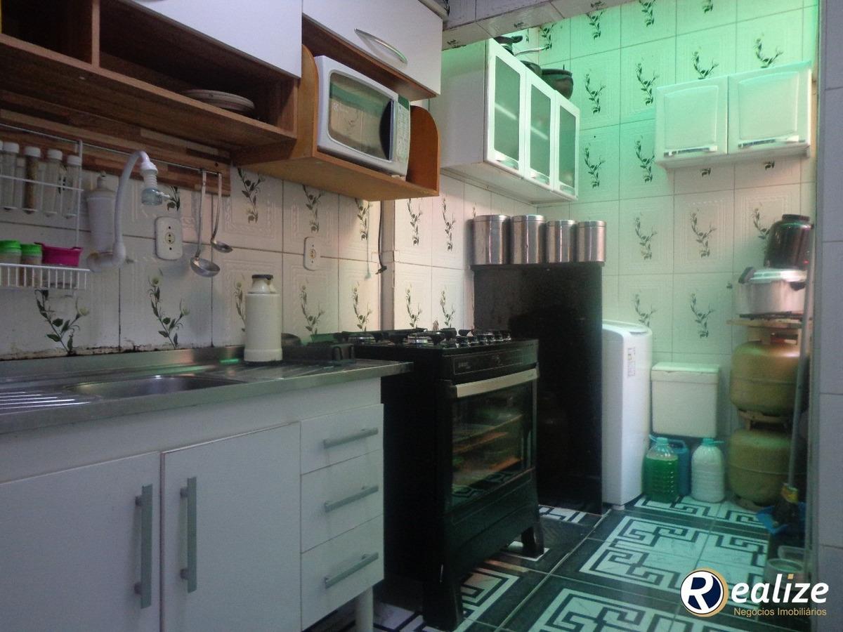 casa de 2 quartos    praia do morro    ótima localização    realize negócios imobiliários    a imobiliária da família em guarapari - ca00021 - 33707745