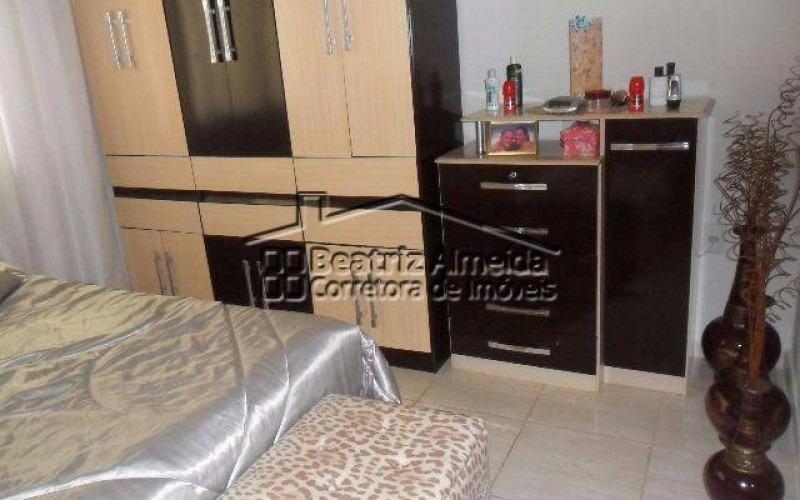 casa de 2 quartos sendo 1 suíte dentro de condomínio em itaipuaçu