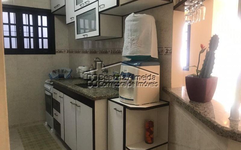 casa de 2 quartos, sendo 1 suíte, no barroco - itaipuaçu