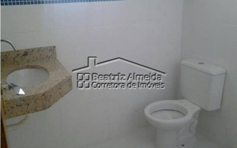 casa de 2 quartos sendo 1 suíte próximo a praia de itaipuaçu