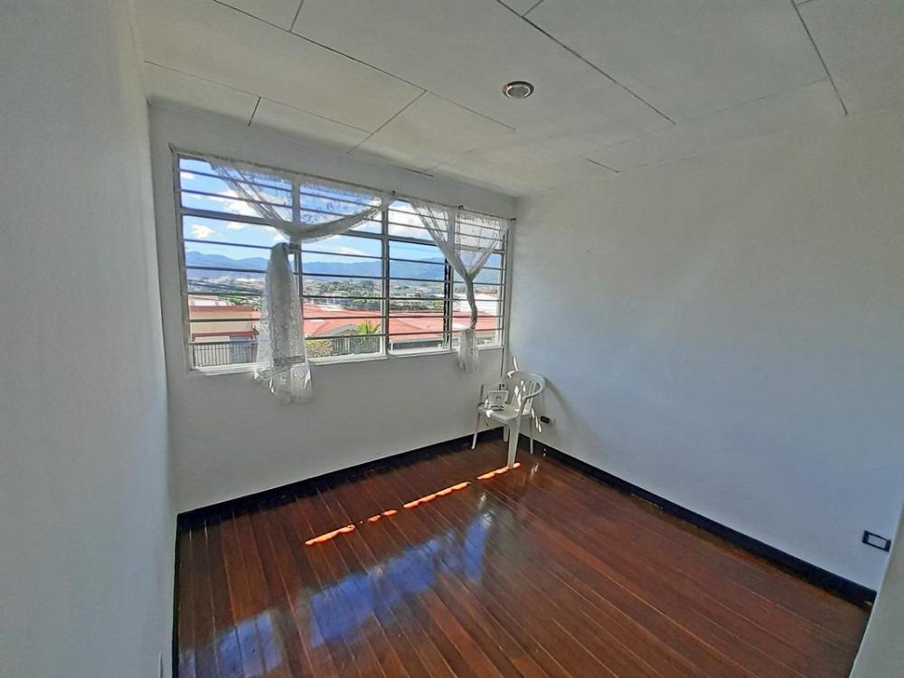 casa de 209 m2, barrio los sauces, san francisco de dos rios
