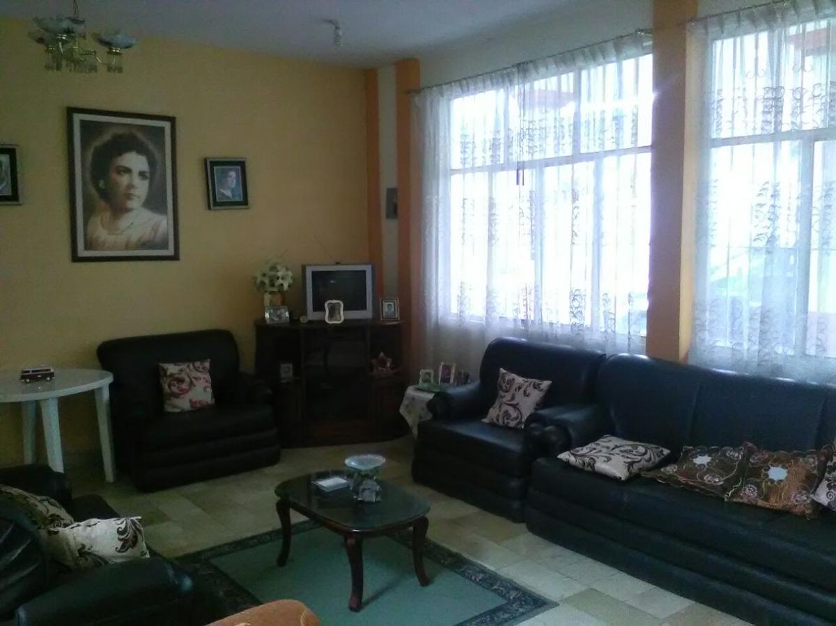 casa de 222 m2 en catamayo - loja, buenos acabados
