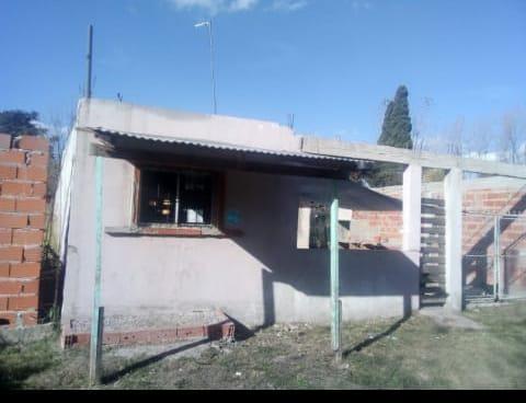 casa de 3 amb cerca de av luis leloir g,rodriguez. of 1579