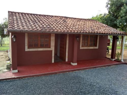 casa de 3 ambientes + casa del casero 3 ambientes