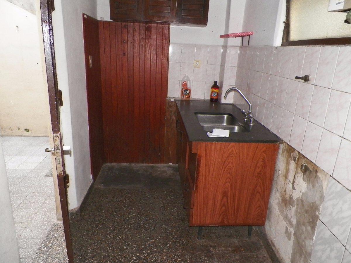casa de 3 ambientes + cochera y terraza - 60 m2 - v dominico