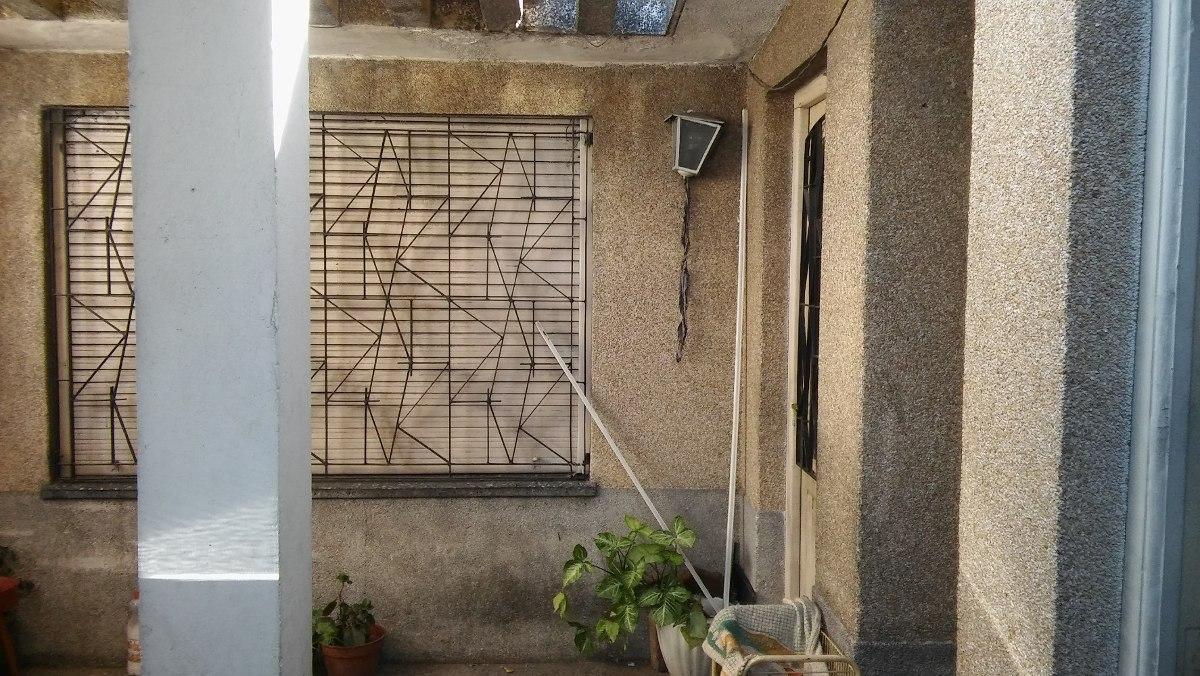 casa de 3 ambientes con cochera