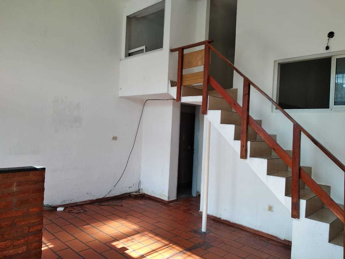 casa de 3 ambientes con patio - debenedetti 1400 - dock sud