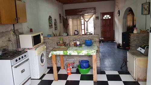 casa de 3 ambientes en lote de 10x20