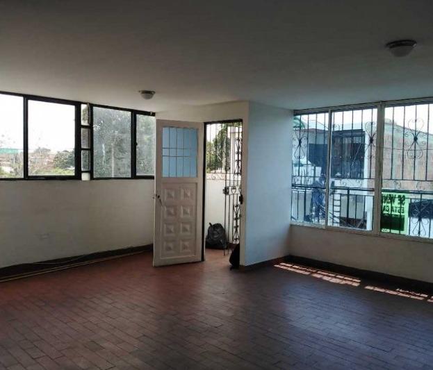 casa de 3 ambientes independientes. casa en alfonso lopez