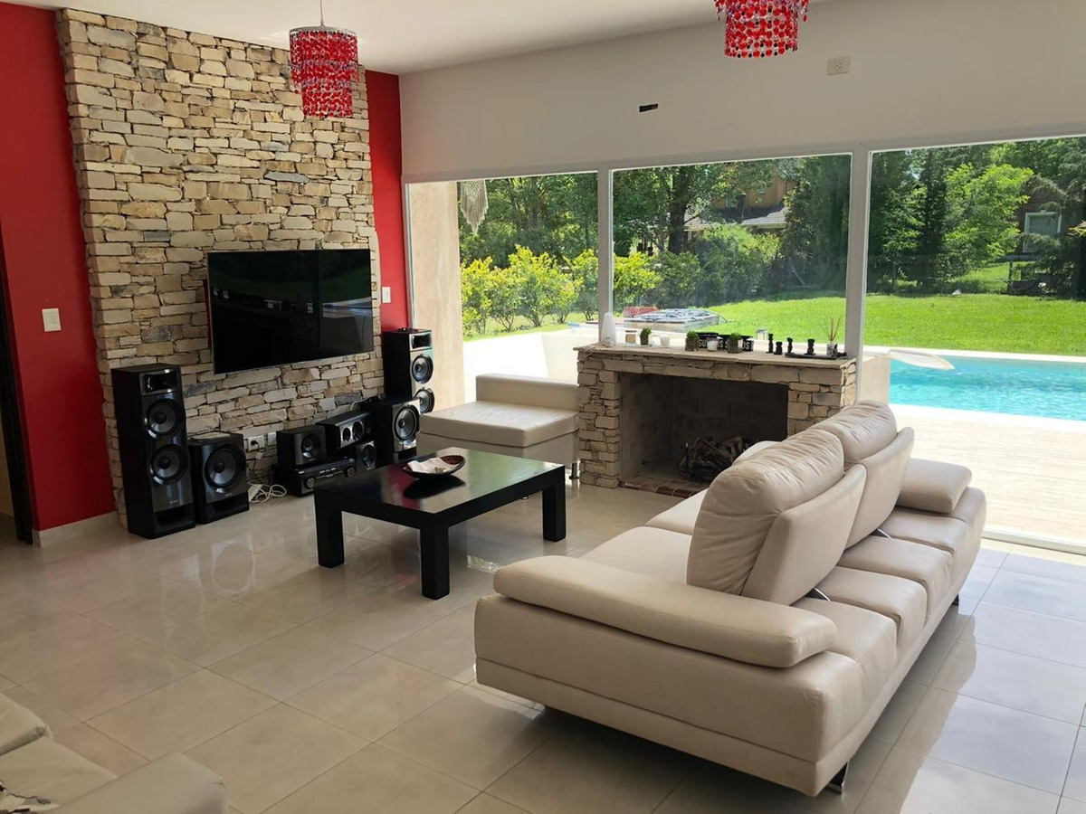 casa de 3 ambientes minimalista pileta aero country club